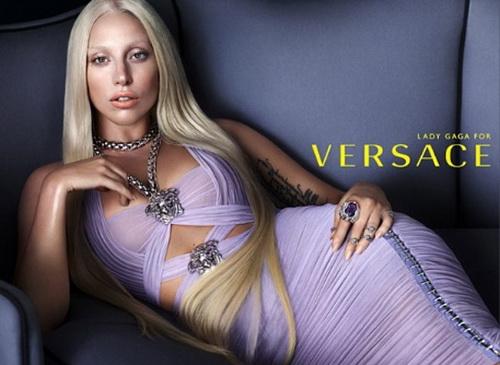 Леди Гага и Версаче объединились